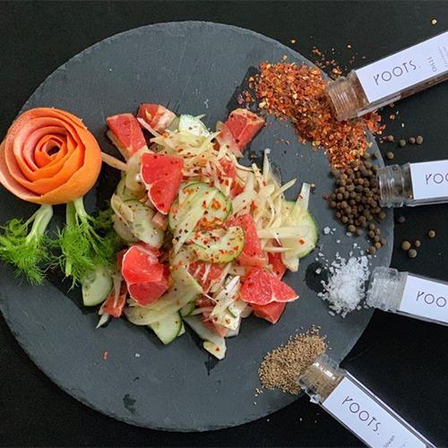 Kochideen wie Fenchelsalat mit natürlichen Gewürzen