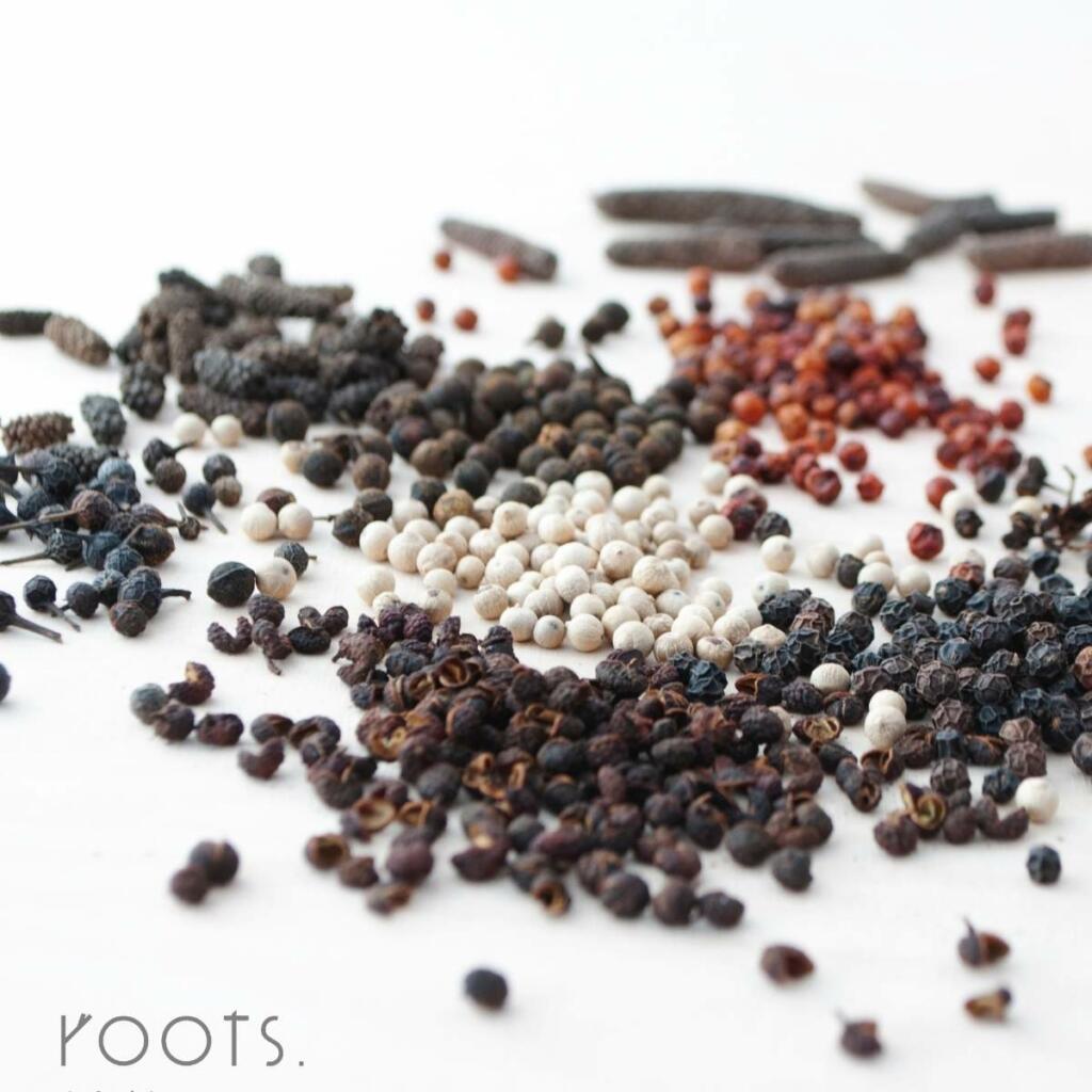 Exklusive Pfeffersorten im Gewürzseminar von roots (1)