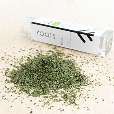 Wuerzen mit Pfefferminze natuerlich und nachhaltig von roots-natural