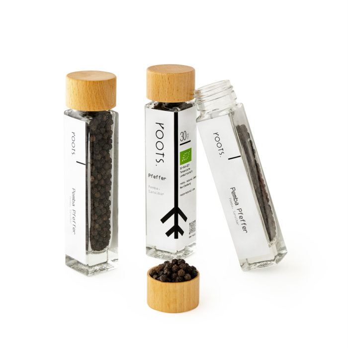 Pemba-Pfefferkaufen bio von roots im Gewuerz-Glas natuerlich und direkt aus Pemba-Sansibar