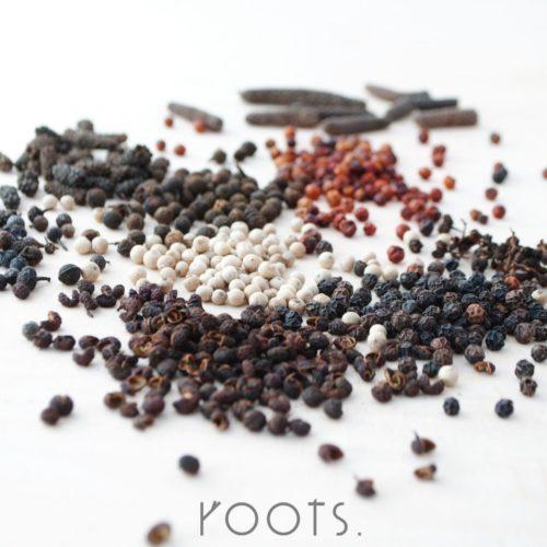 Wuerzen mit exklusiven Pfeffersorten beim Gewuerzseminar von roots
