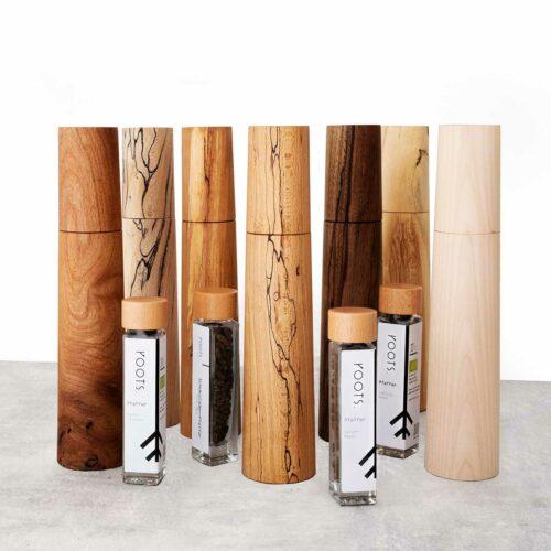 Pfeffermuehle aus hochwertigem Holz mit Keramik-Mahlwerk Handarbeit und Unikat